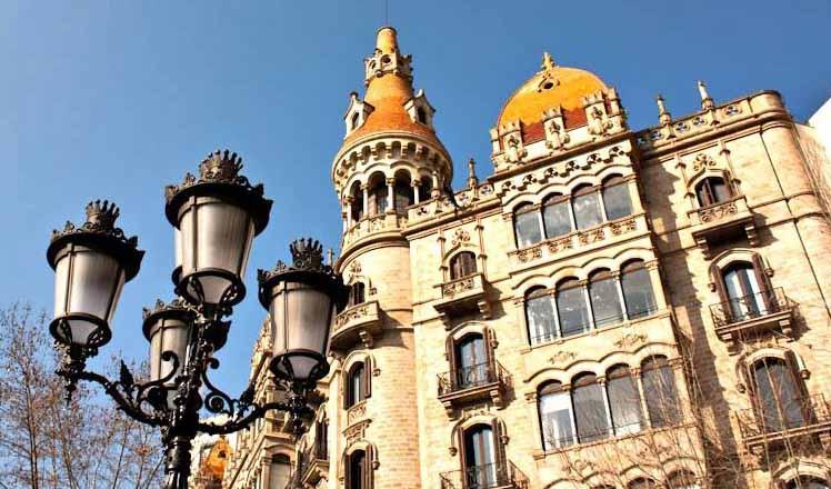 Prevenir cucarachas en Barcelona, una necesidad inminente.
